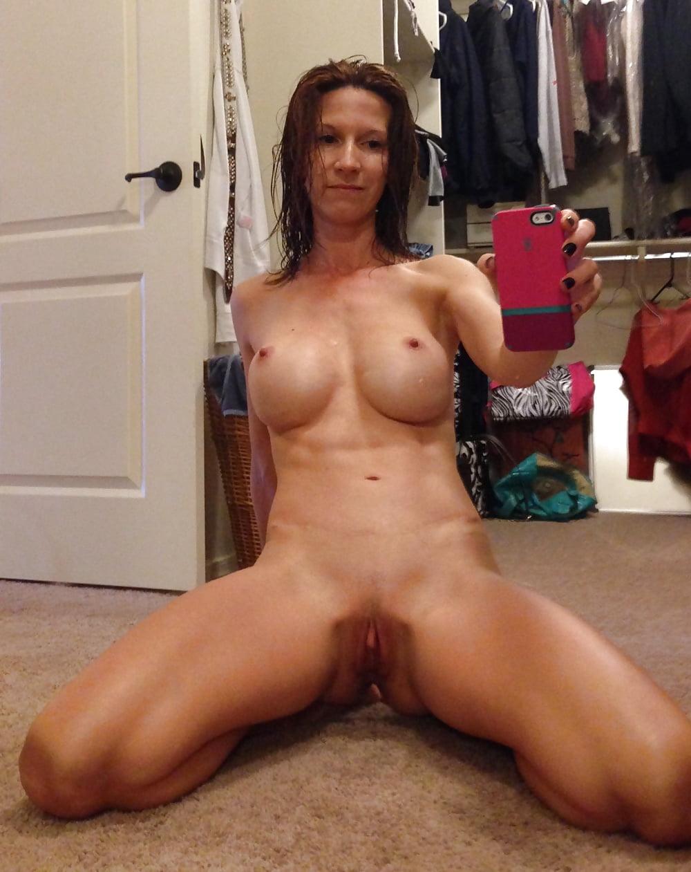 Mature milf self nude — photo 14