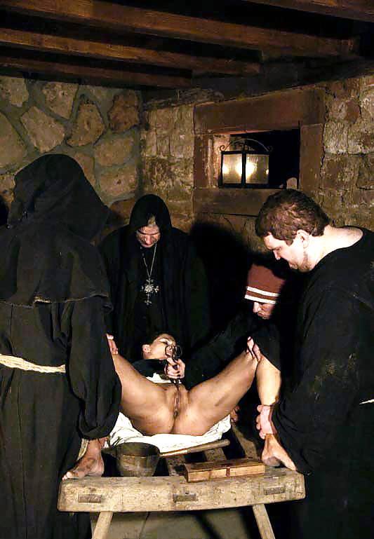 порно имитаторы средневековье - 3