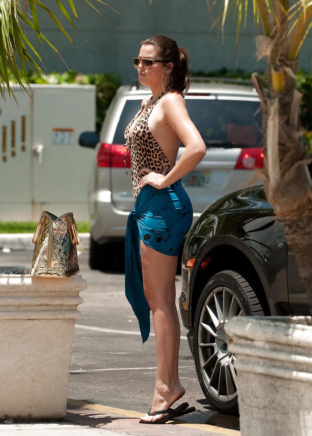 Kardashian naked pics-3178