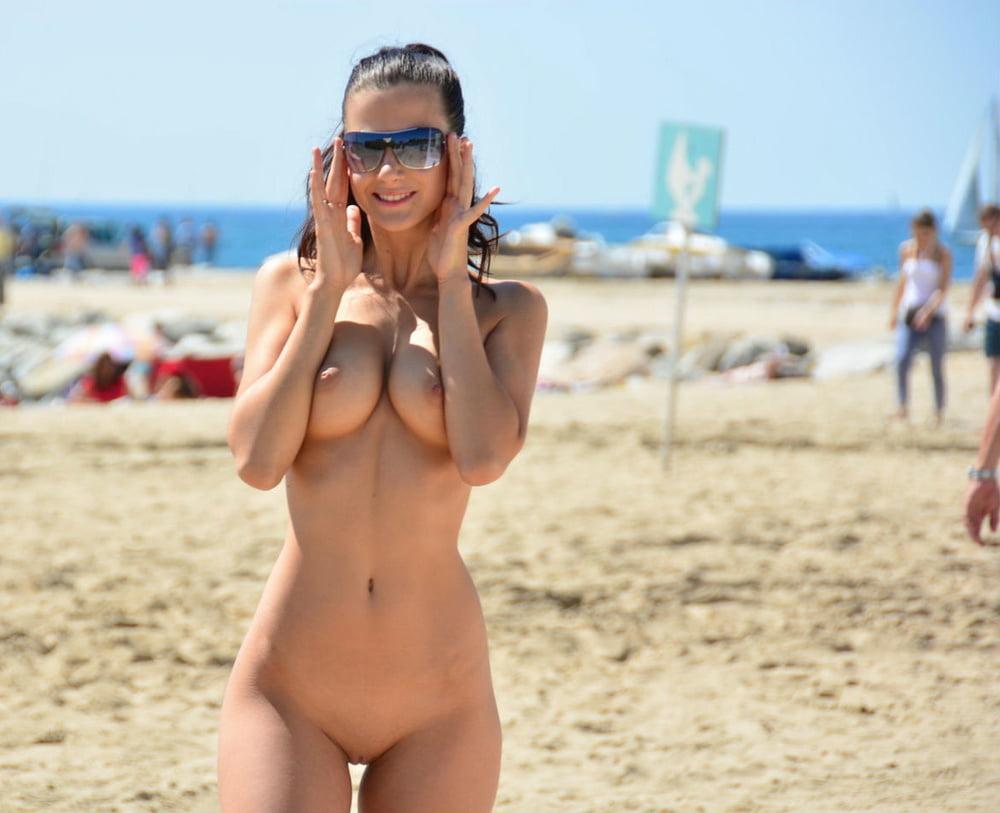 Naked fm beach