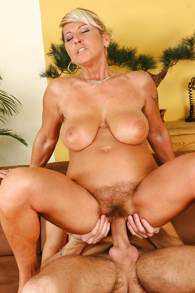 секс порнуха с пожилыми дамами