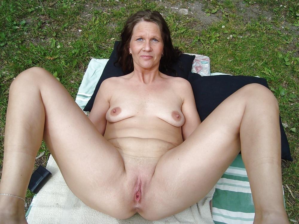 Average Nude Mature Women