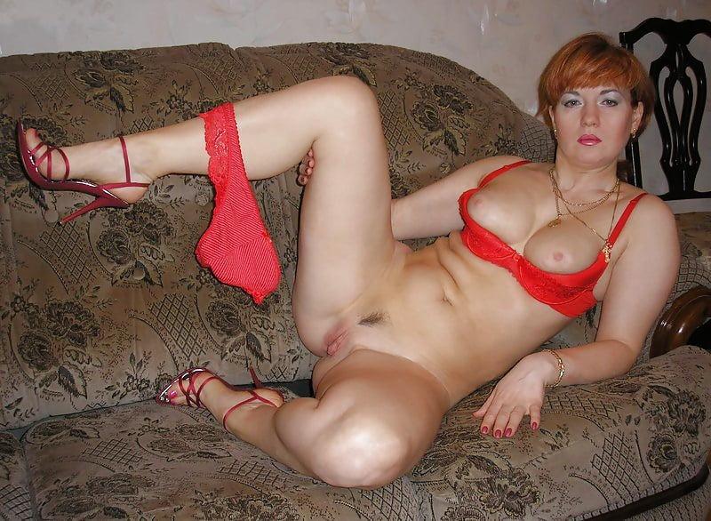 слегка одинокие мамочки порно новокузнецка рукой мягко