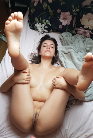Sweet Face, Nice Feet and Pussies