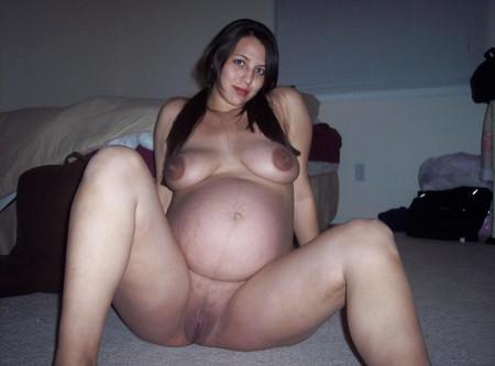 MARISA AMATEUR PREGGO POSES. EX GF WIFE (WheelSex)