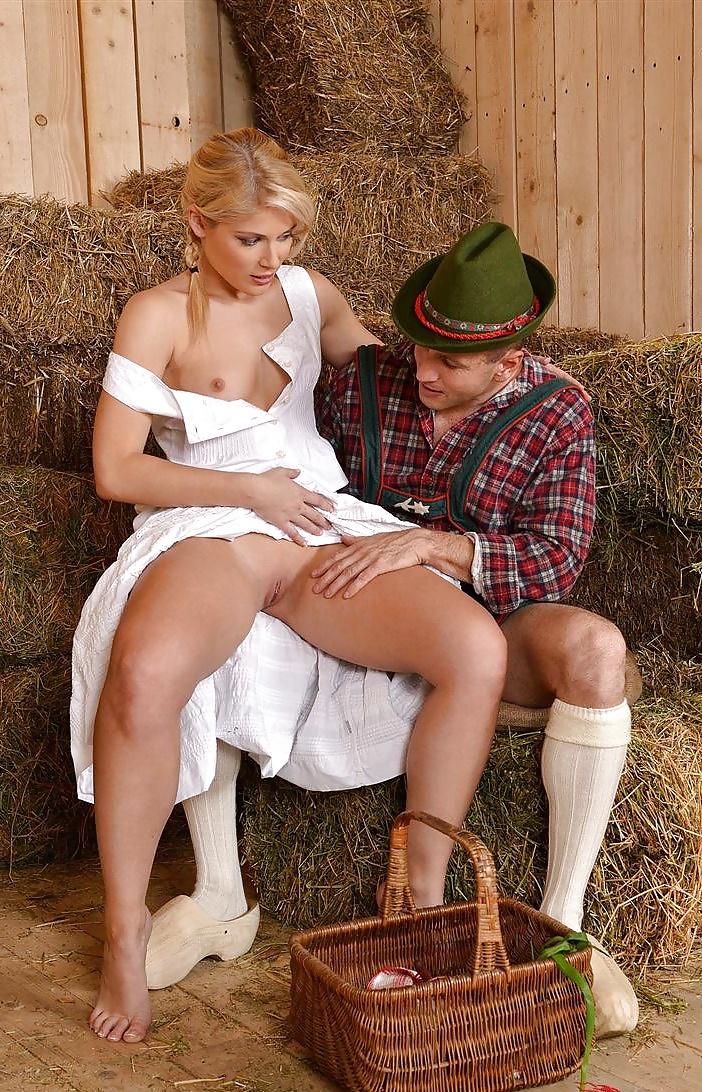 farm-girls-love-to-fuck-girlfriend