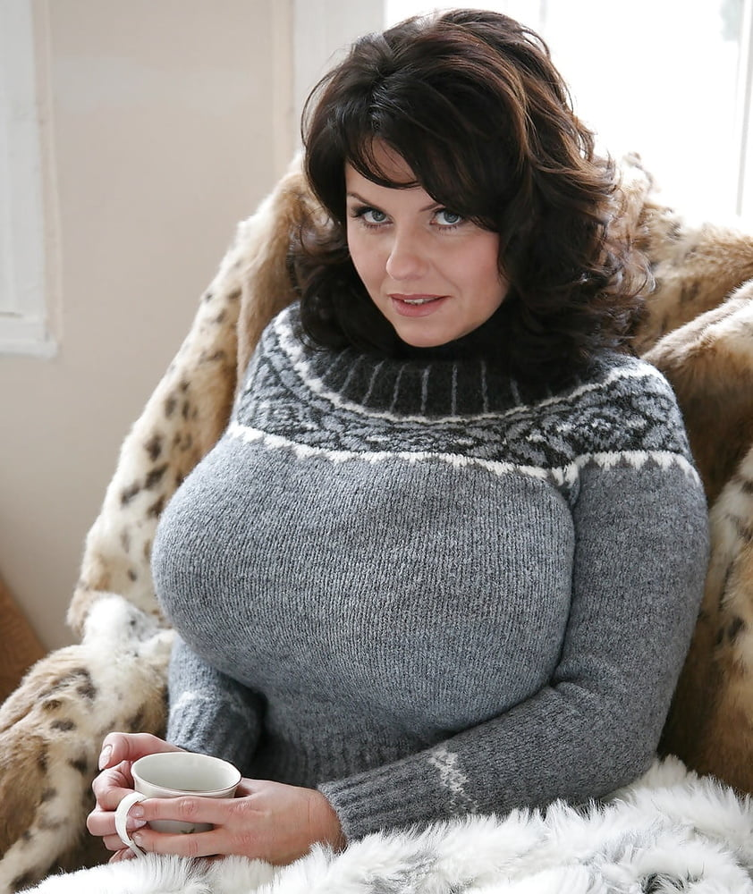 Big Boobs Tight Sweater