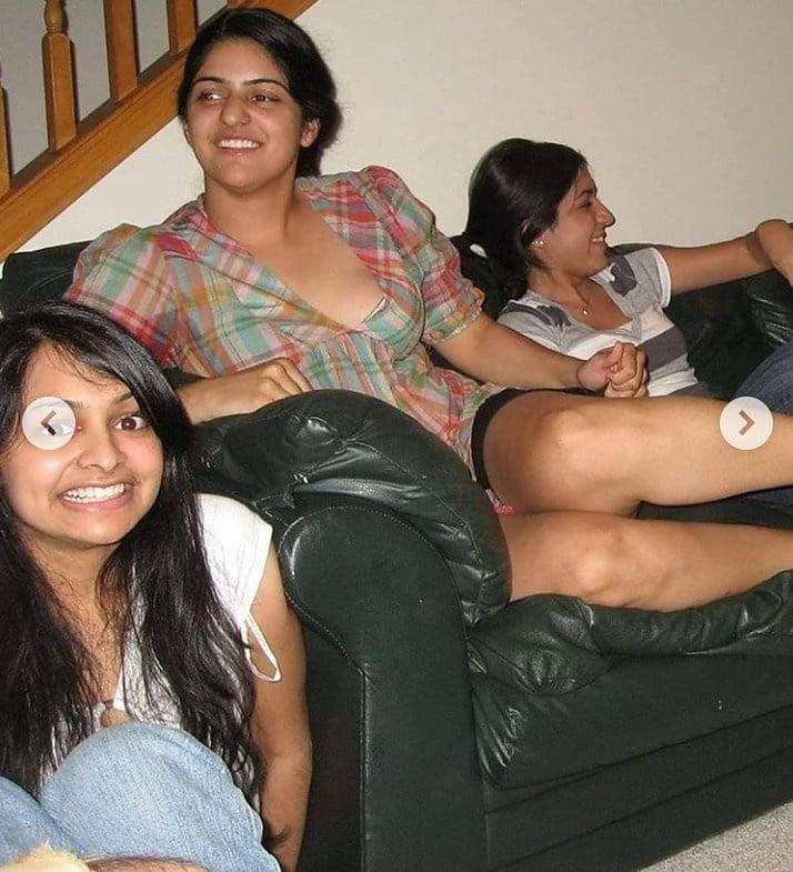 Indian desi girls upskirt