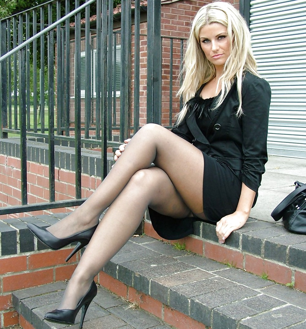 Pity, crossed legs in pantyhose and higheels pictures words... super