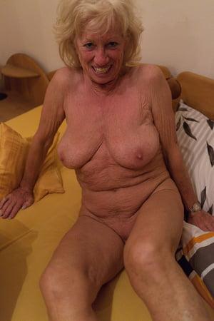 big old boobs year 40