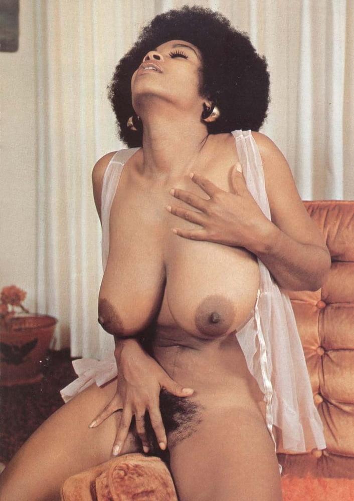 Vintage boobs tube-3717