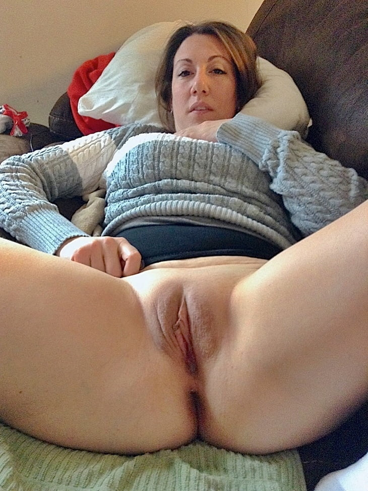 Wet pussy mom Wet Sexy