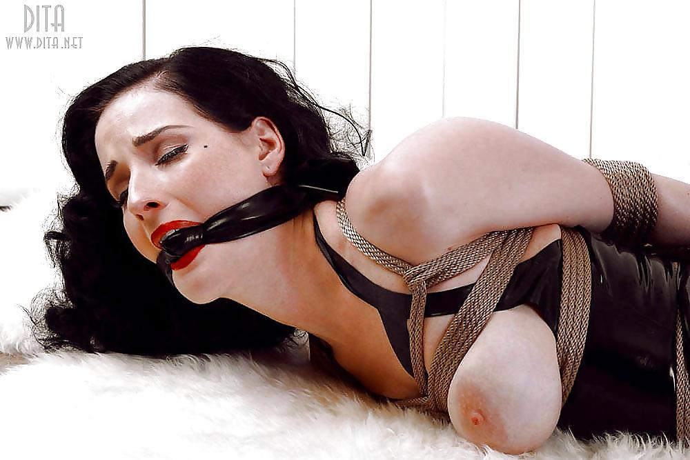 Celebrity bondage sex galery images, free celebrity bondage fuck galery, free
