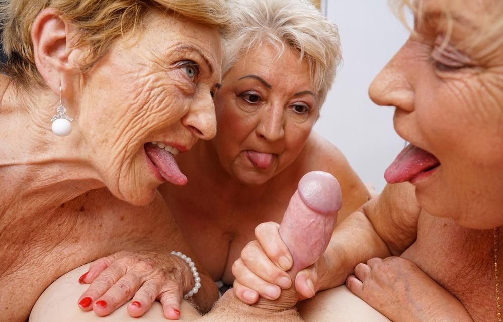 Granny sucks son free sex pics
