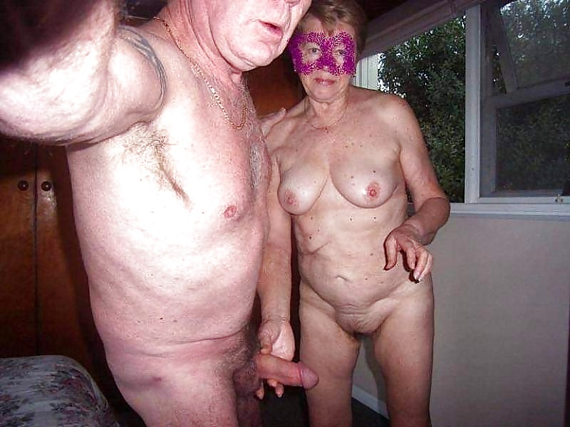 Real amateur granny sex — pic 1