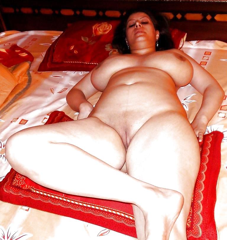 Egyptian Nude Girl