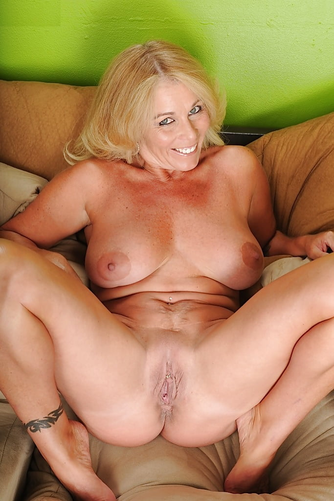 Older women porn galleries — 11