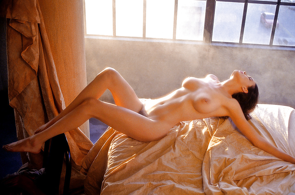 Elizabeth whitmere nudes, hustlers young sluts pictures