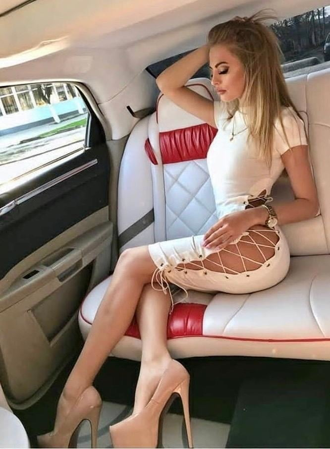 Sexy Women #208 - 100 Pics