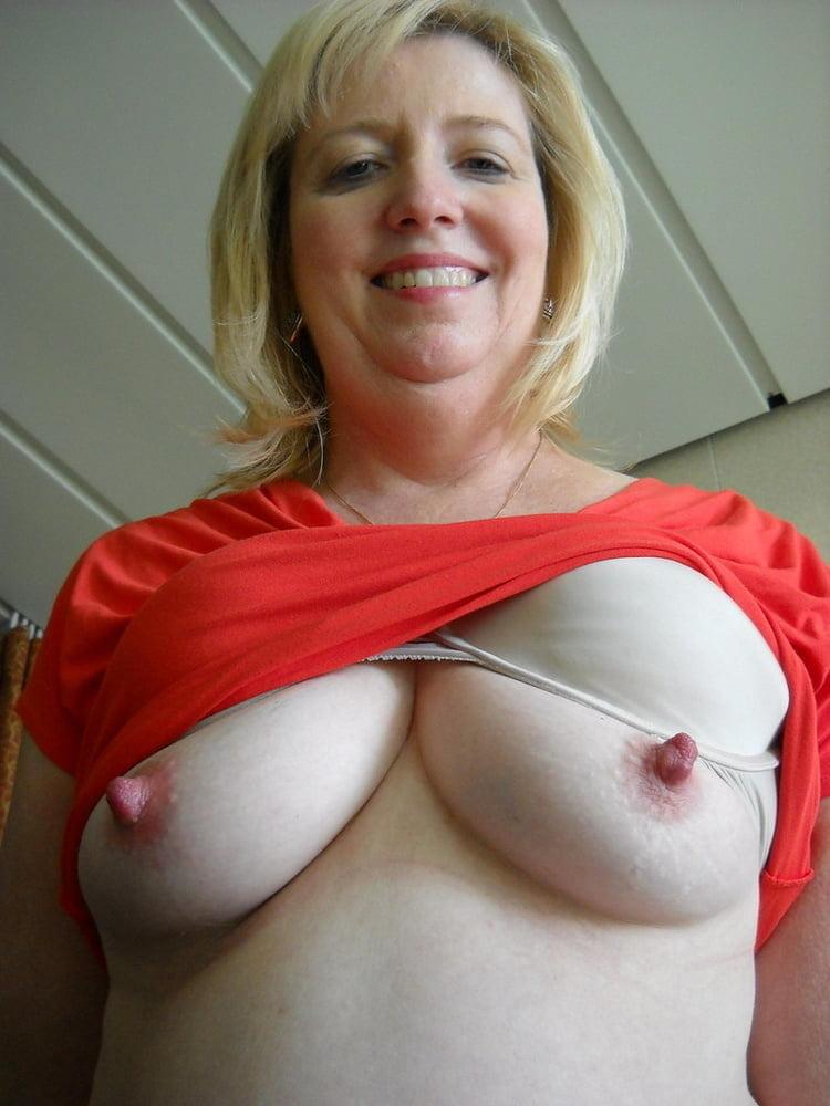 Old Mom Mother Milf Milfs Wife Young Teen Teens Big Tits Tit Huge Boobs Boo Tnaflix Porn Pics