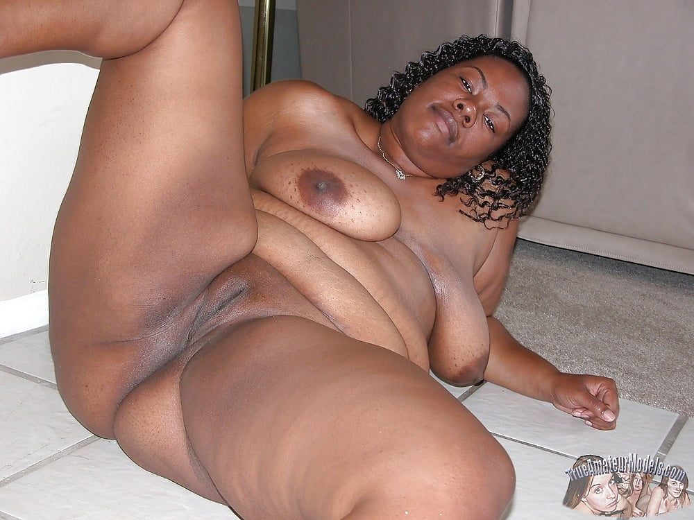 Nude black women with thick legs