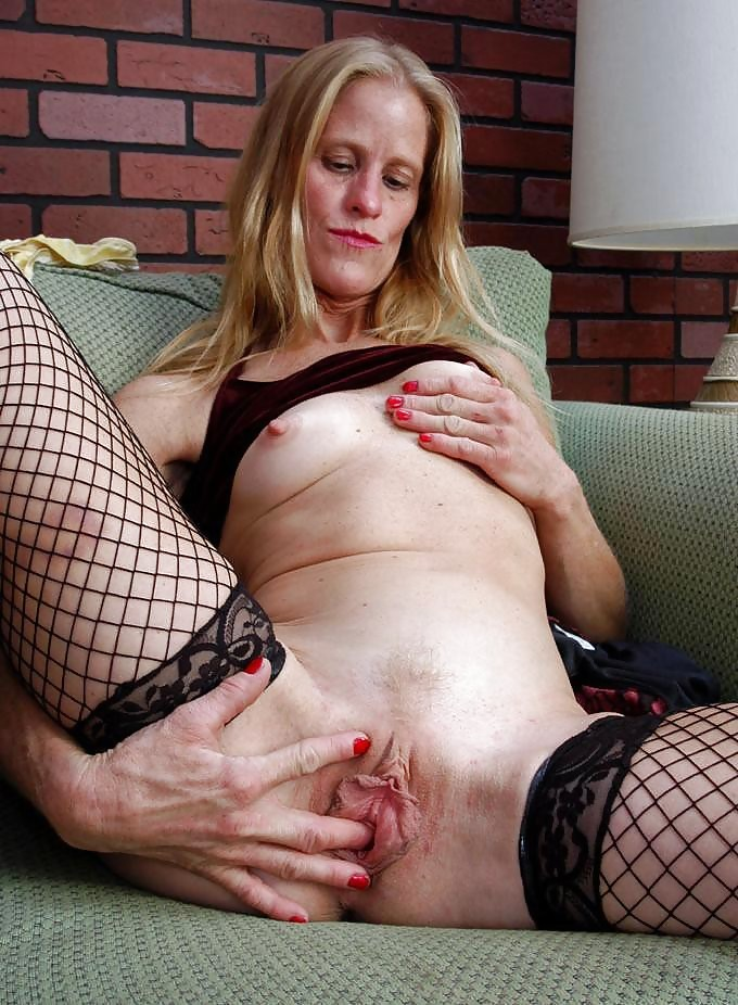 Older women clit pictures — pic 9