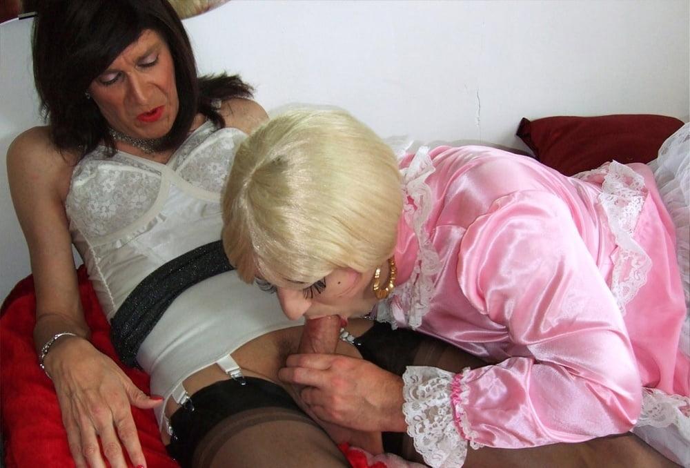Crossdresser spanking shemale sex photo