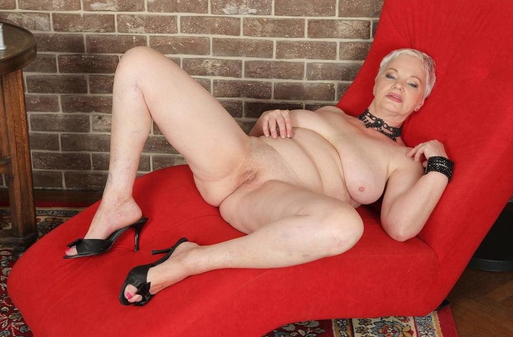 misses-fleece-erotic-black-grannies-girl-fuck