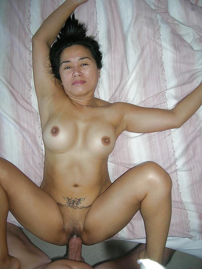 kazahskie-porno-dam-eroticheskoe-video-pro-znamenitostey