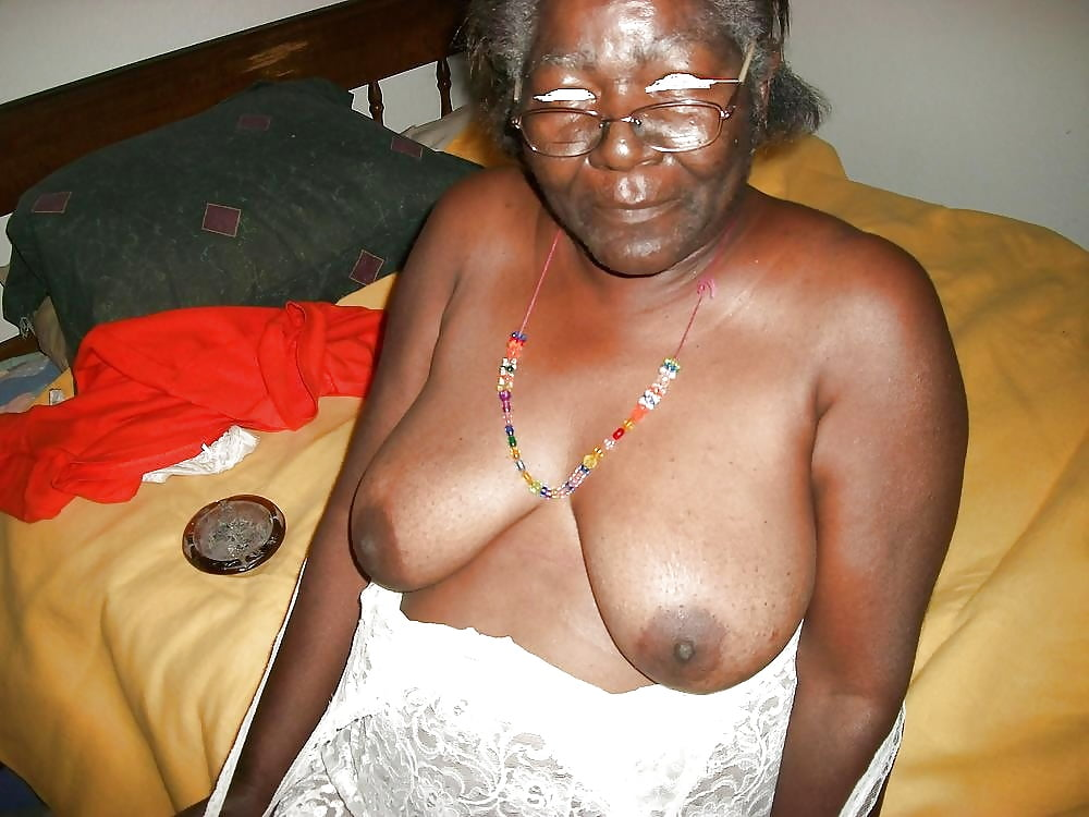 Nasty ebony granny totally nude in the public place