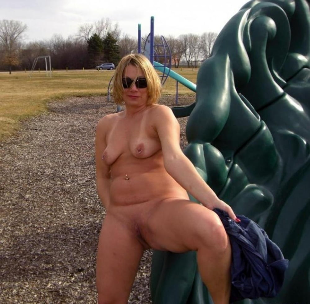 Chubby blonde nude in public, girls getting laid porn