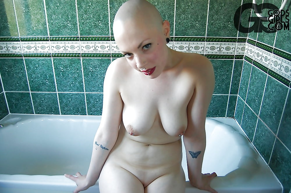 Fuckin licios naked photos of chubby bald headed women woemen and