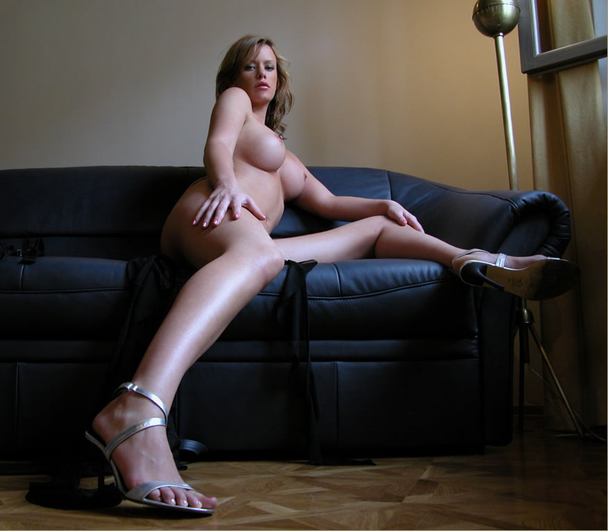 Nackt tereza brettschweiderova Celebrity Pictures