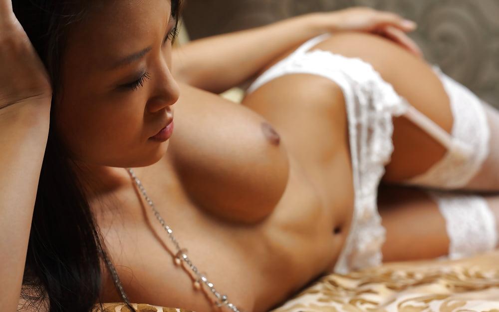 Asian Brunette Hot Sexy Mariko Stockings 3movs 1