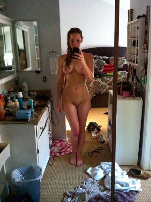 Jennifer lawrence on nude photos-6475
