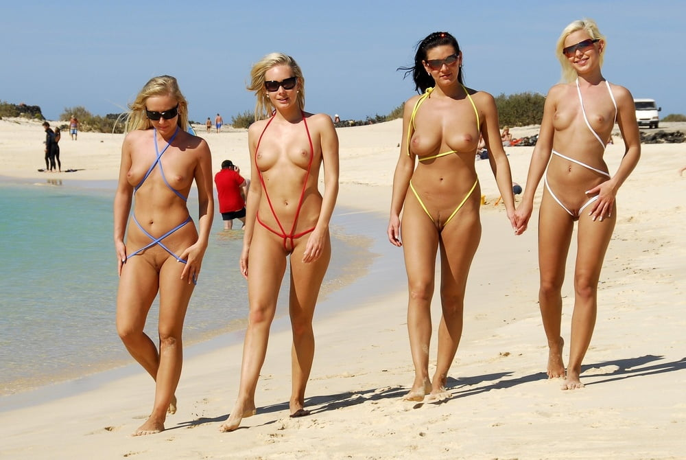 naked-girls-in-cancun
