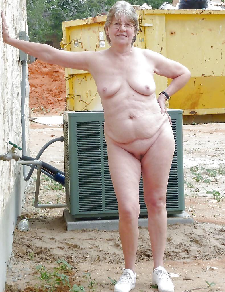 Old winkled pussy slideshow photo