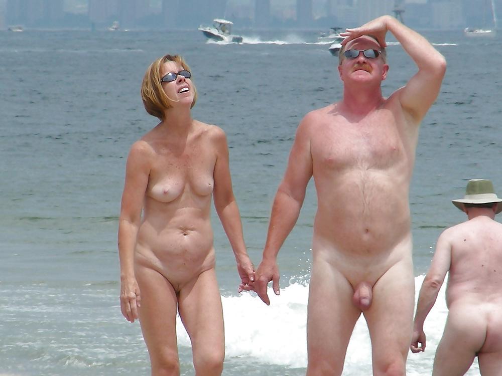 голые семьи на пляже перми профорги