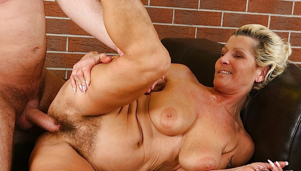 Old Women Sexy Pics
