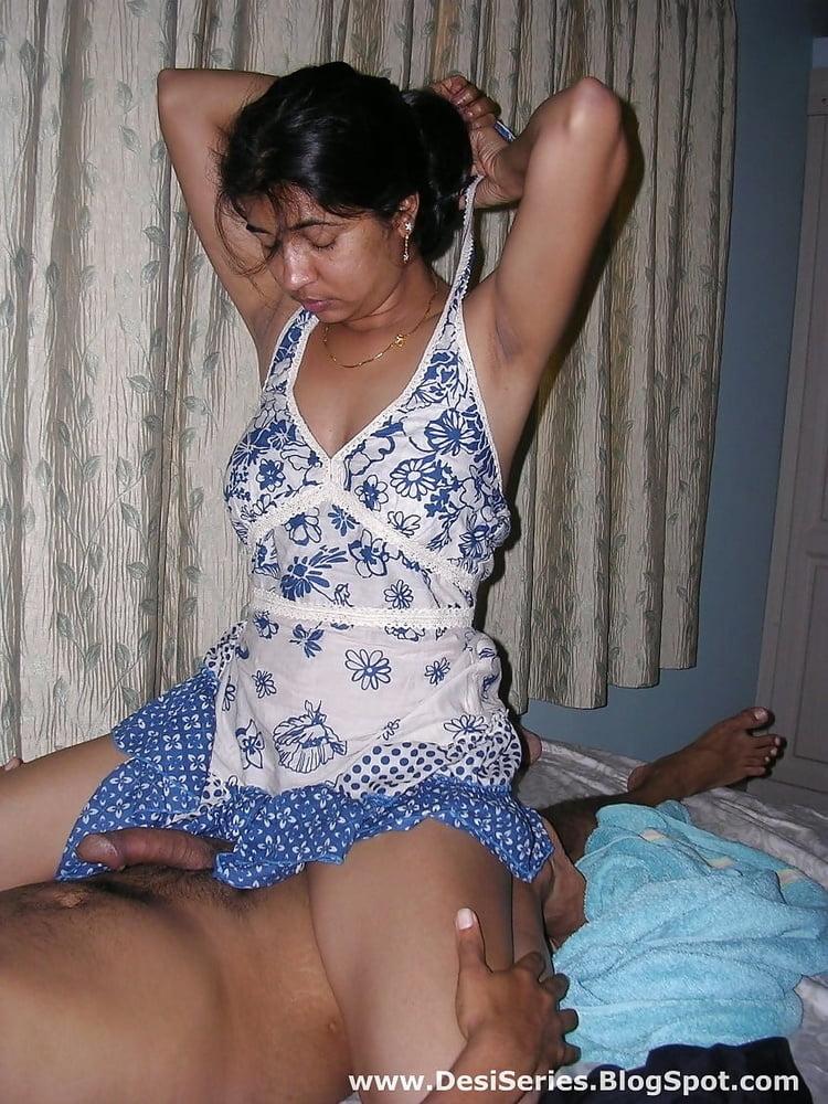 Aksha Pardasany hot sexy boobs show photos download