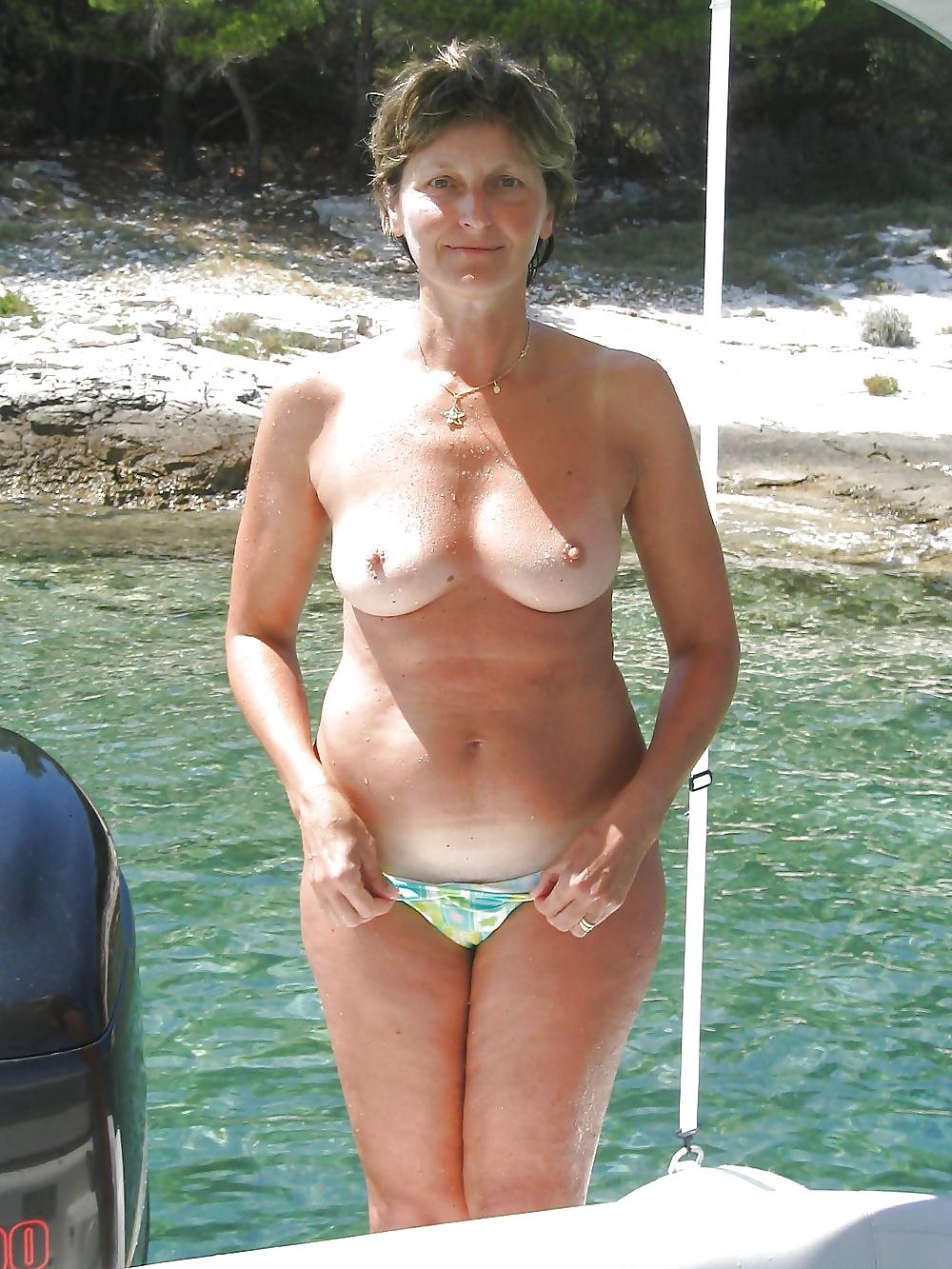 Amateur Granny Pics