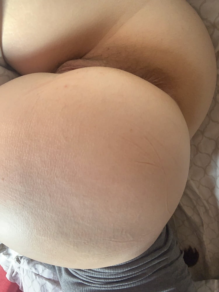 More of Julia's horny ass - a cure for erectile dysfunction - 17 Pics