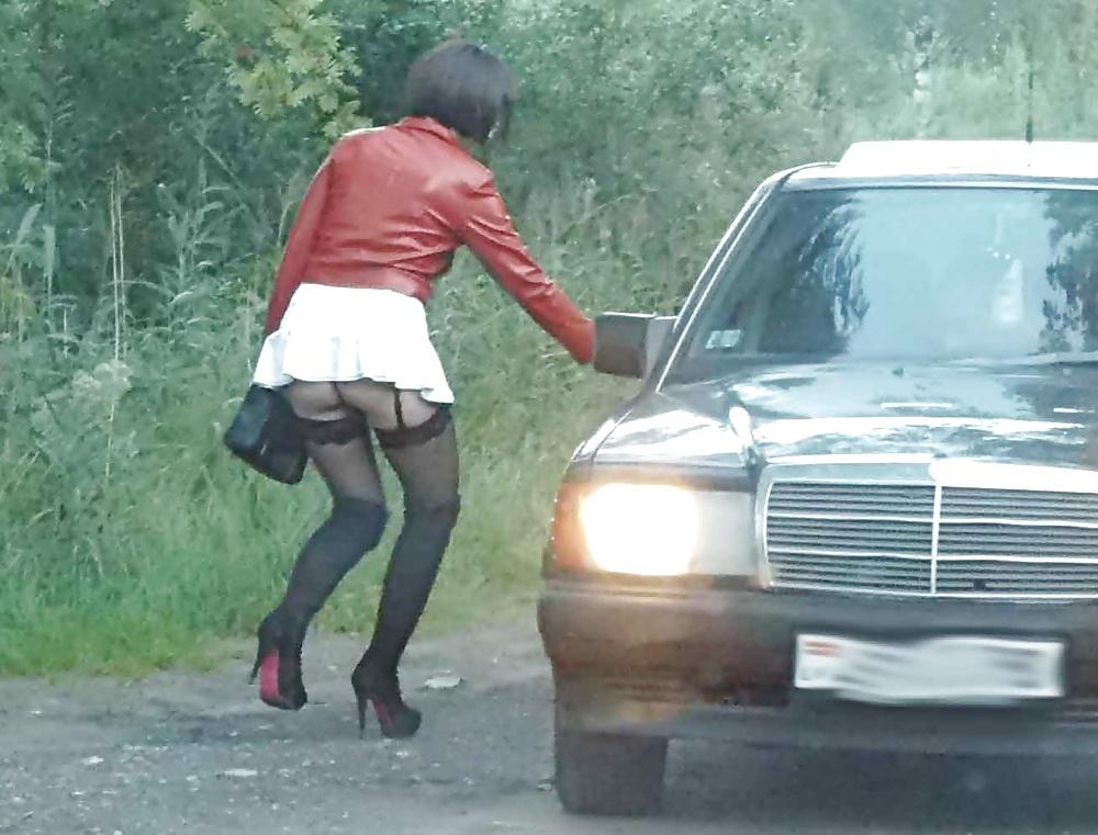 Проститутки на обочине-показать документальная и реальная хроника