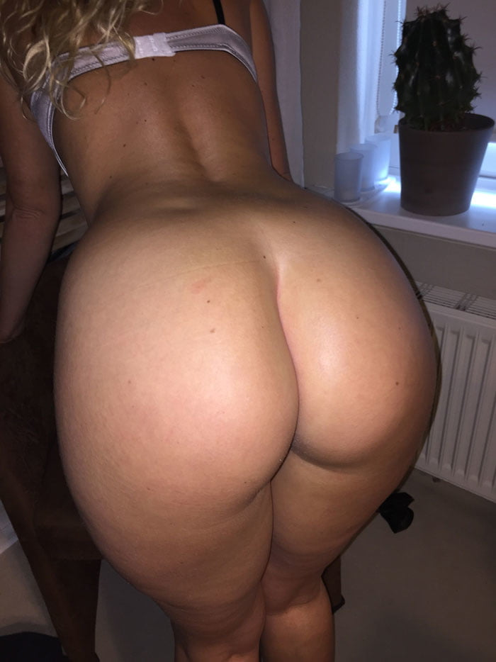 Girls big butt wives post lingerie movies