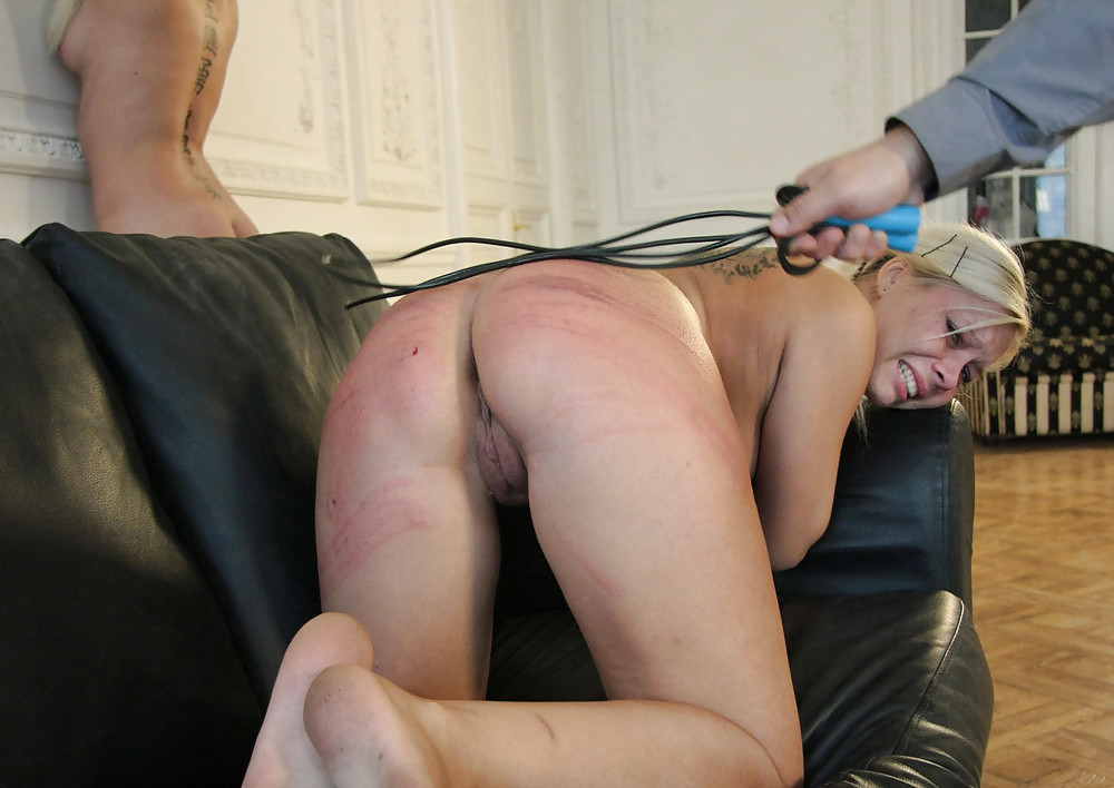 Amateur porn free spanking — photo 13