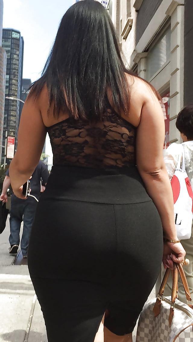 Desi big ass tight shalwar voyeurs photos