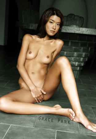 mature asian ass
