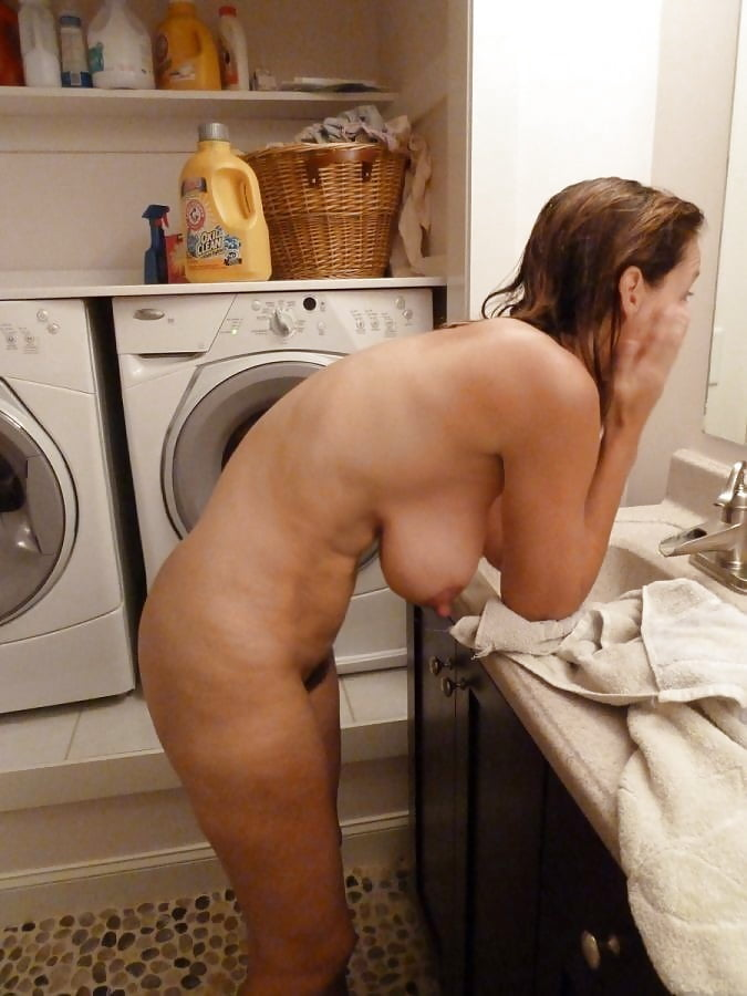 Pussy school women naked while doing washing hot