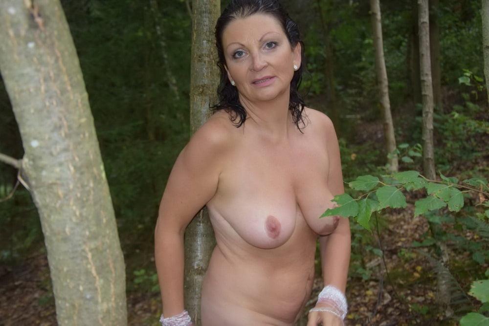 Tree Huggers 357 - 150 Pics