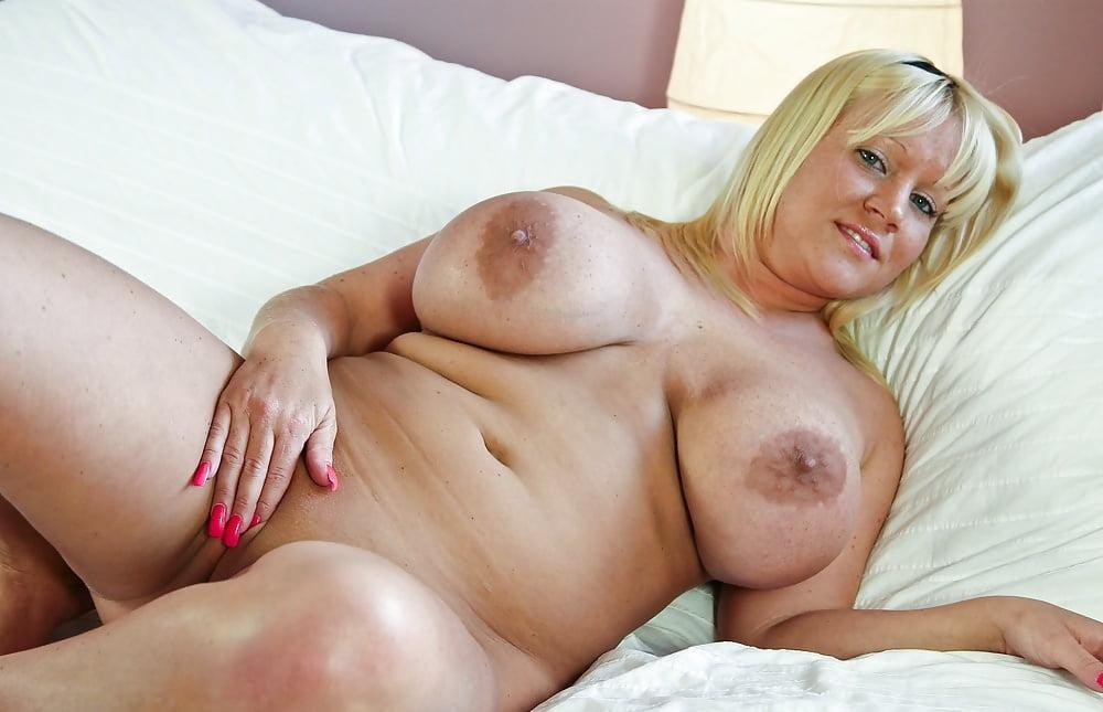Busty british milf jasmine jae rides thick dick